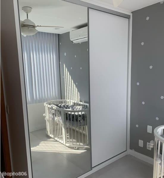 quarto de bebe com parede elefante suvinil