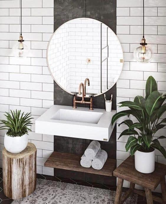 banheiro rustico com plantas