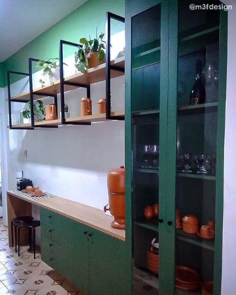 cozinha antiga com azulejos pintados