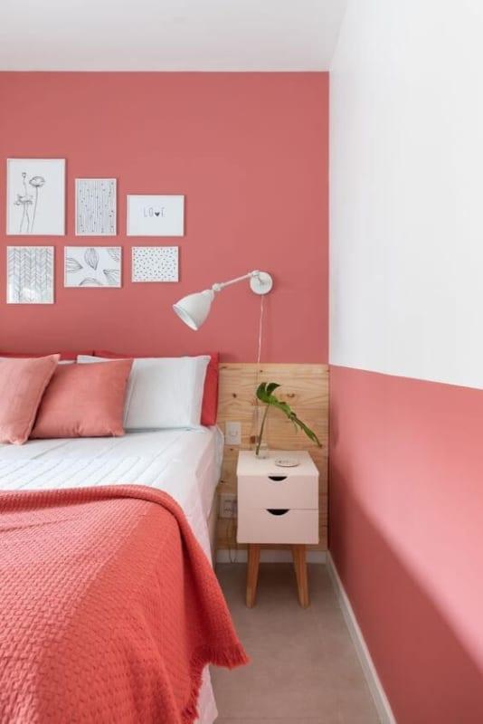 12 quarto decorado com cor goiaba
