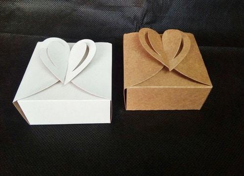 caixinha de coracao para pao de mel para casamento