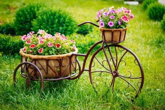 floreira vintage de ferro para jardim