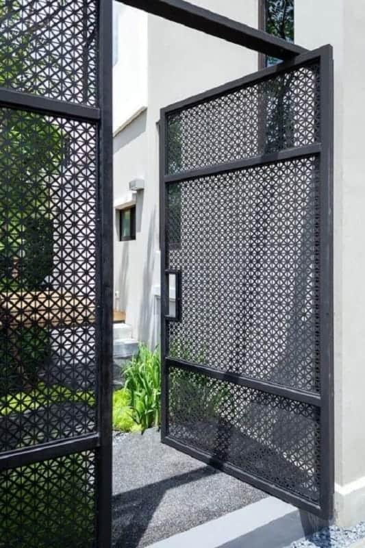 portao de aluminio moderno e estilo pivotante