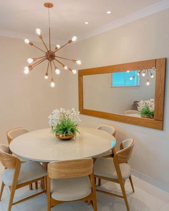 sala de jantar moderna com parede palha