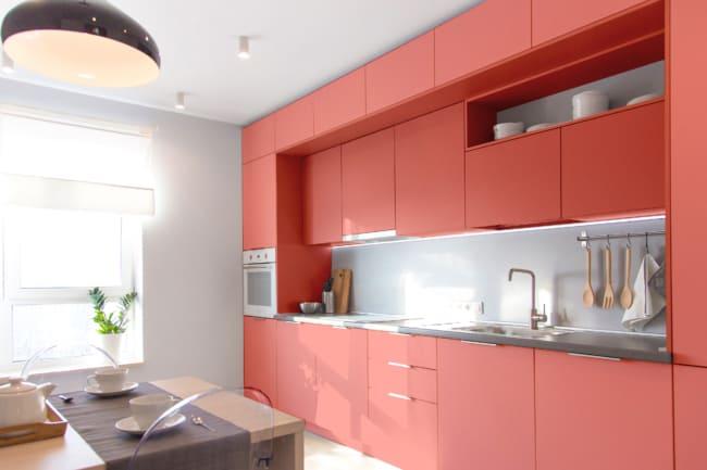 cozinha moderna com cor goiaba