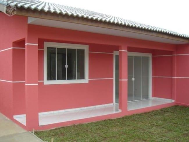 casa simples com fachada em cor goiaba
