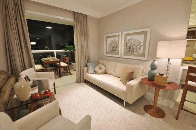 sala de estar com parede cor areia