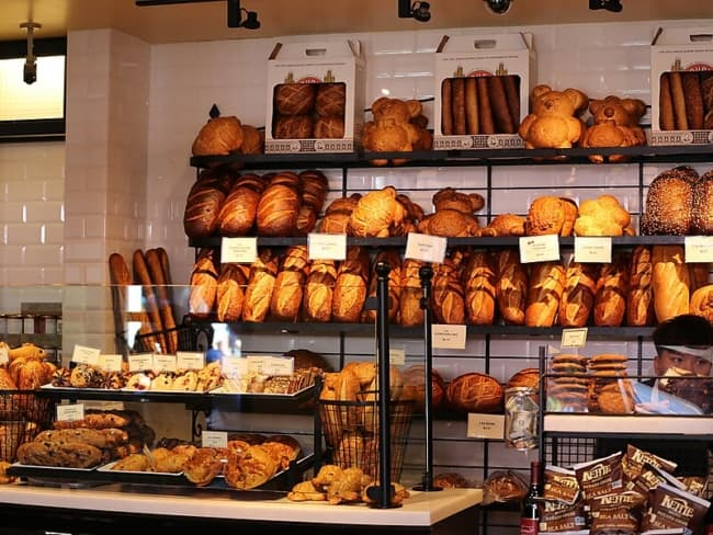 decoracao de padaria pequena e artesanal