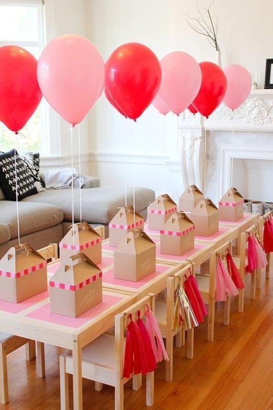 mesa com baloes 105
