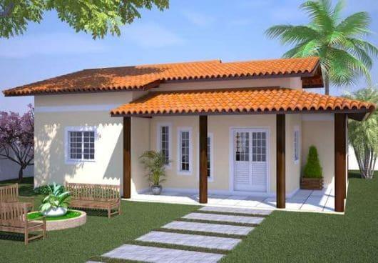 Casa pequena com varanda na entrada