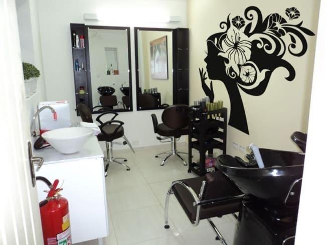 decoracao em preto e branco para salao de beleza em casa